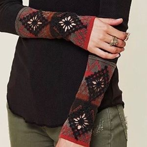 Free People Tops - Free People Kombucha Embroidered Thermal Cuff